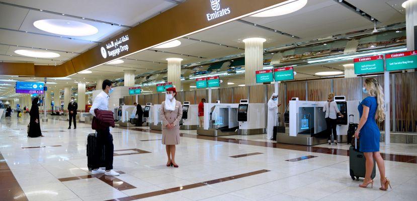 Emirates Dubai'daki Self Check-In Kioskları İle Havalimanı Deneyimini Geliştiriyor