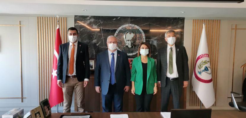CHP, Türk Eczacılar Birliği ile bir araya geldi