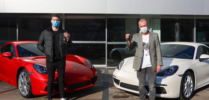 Magnum hazzının hediyesi iki Porsche sahipleriyle buluştu!