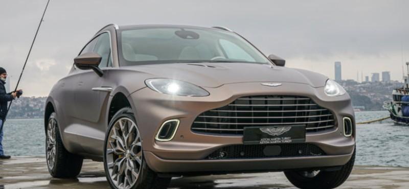Aston Martin'in ilk 'Suv'u 'DBX' Türkiye'deki sahiplerine kavuşuyor