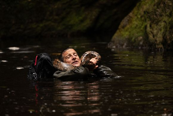 Netflix, Animals on The Loose: A You vs Wild Movie'nin resmi fragmanını ve ilk karelerini paylaştı