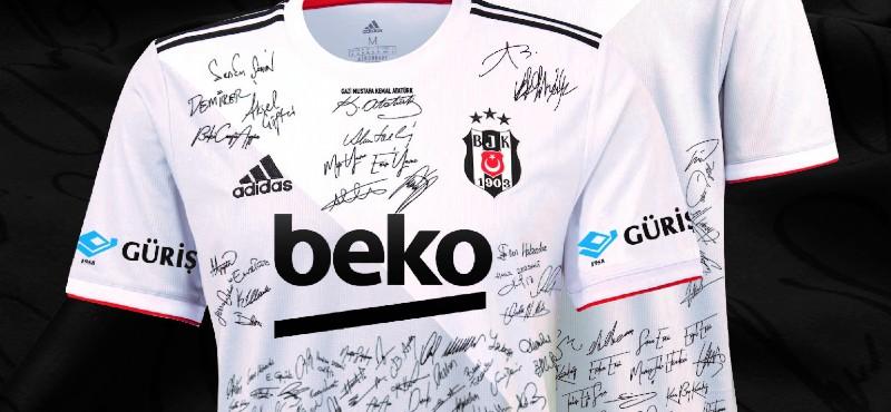 Taraftar Beşiktaş Aşkına İmza Attı: Futbolcular imzalı formalarıyla büyük derbiye çıkıyor