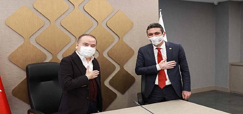Antalya Büyükşehir Belediyesi'nde sözleşme sevinci