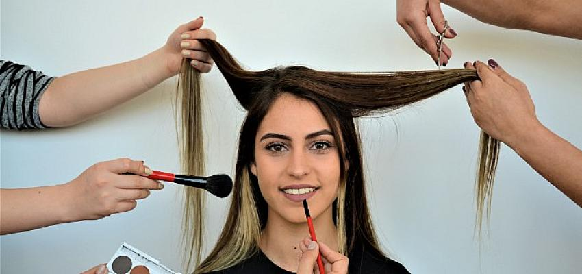 Evde Uygulanabilecek Pratik Cilt ve Saç Bakım Önerileri…