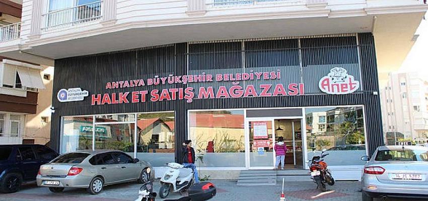 Manavgat Halk Et Satış Mağazası 1'inci yılını doldurdu