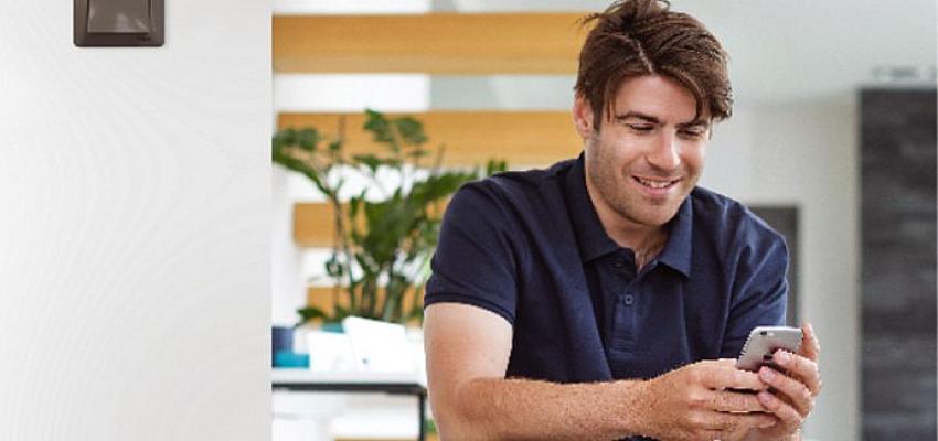 Schneider Electric; yaşam ve çalışma alanlarındaki bağlanabilirliğe, yeni bir tasarıma sahip Asfora EM anahtar-priz serisi ile katkıda bulunuyor!