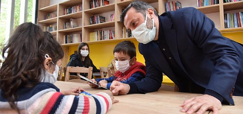 Yüreğir'de 40 Mahalleye 40 Kütüphane
