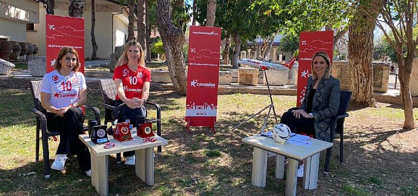 Corendon Sport Talks'un yeni bölüm konukları, Muratpaşa Belediyespor Kadın Hentbol Takımı'ndan Diğdem Hoşgör ve Gülsüm Güleçyüz oldu