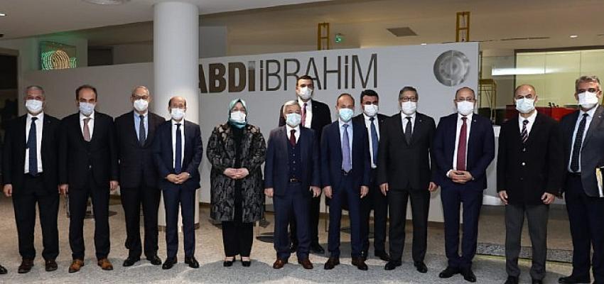 Türk ilaç endüstrisi, Aile Çalışma ve Sosyal Hizmetler Bakanı Zehra Zümrüt Selçuk ile bir araya geldi