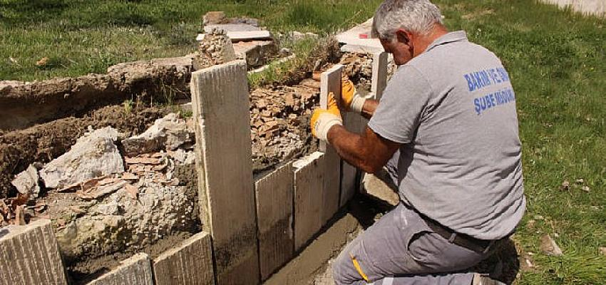 Antalya Büyükşehir Belediyesi Elmalı Abdal Musa Türbesi ve çevresini bakıma aldı