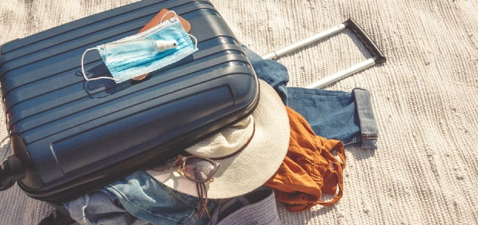 Aşılama uygulamasında hızlı davranırsak, turizm gelirlerimizi arttırabiliriz