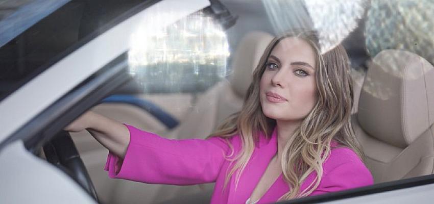 Ünlü oyuncu Eda Ece, Bioderma Sensibo H2O'nun Türkiye'deki ilk reklam yüzü oldu!