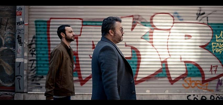 Çağlar Çorumlu ve Güven Murat Akpınar'dan yeni dizi: Ayak İşleri 12 Mayıs'ta başlıyor