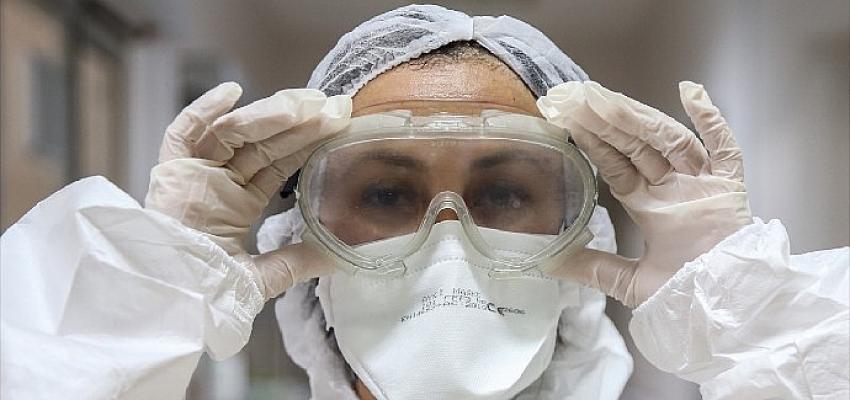 'Canını dişine takan sağlıkçılardan geri istenen nöbet ücretinin takipçisiyiz'