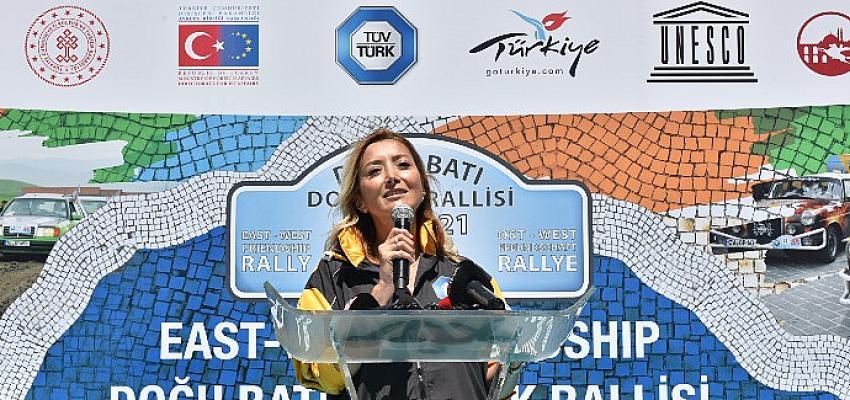 Dostluk ve Barış Rallisi Europa Orient Rallye 15. Kez start aldı