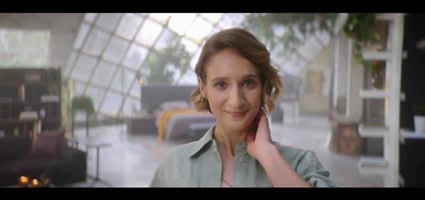 """Enza Home Yeni Reklam Filminde """"En Çok Sen"""" Diyor"""