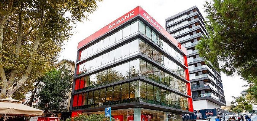 """Global Finance, Akbank'ı 11. kez   """"Türkiye'nin En İyi Bankası"""" seçti!"""
