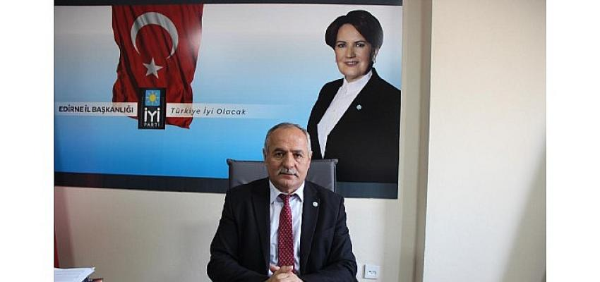 İYİ Parti Edirne İl Başkanı Ekrem Demir, 8 Mayıs Anneler Günü dolayısı ile kutlama mesajı yayınladı.