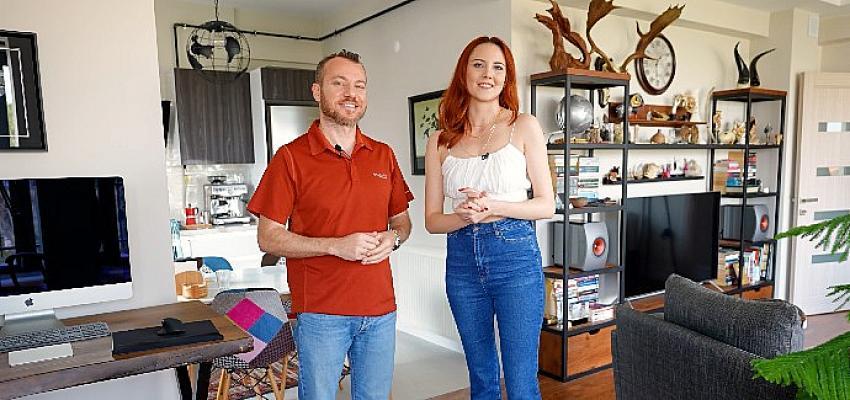 KOÇTAŞ 'Yaşayan Evler Podcast Serisi' ile ilham veren evlere konuk oluyor