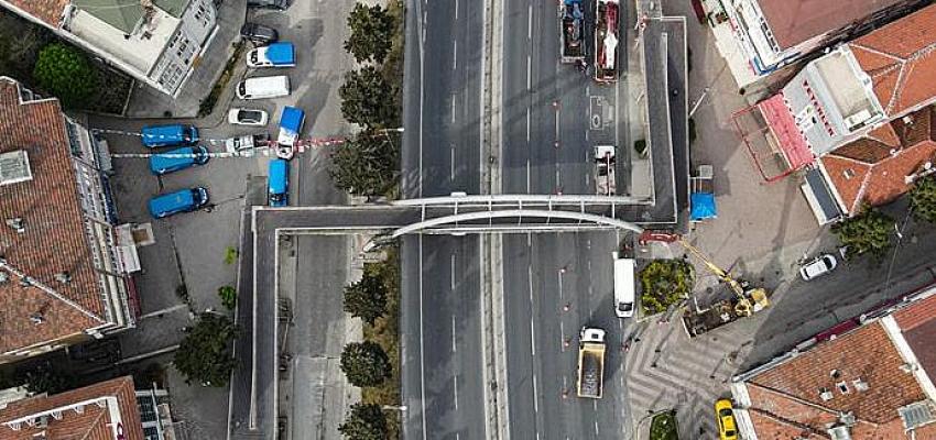 TÜYAP Üst Geçidi kaldırıldı, bölgede trafik rahatlayacak